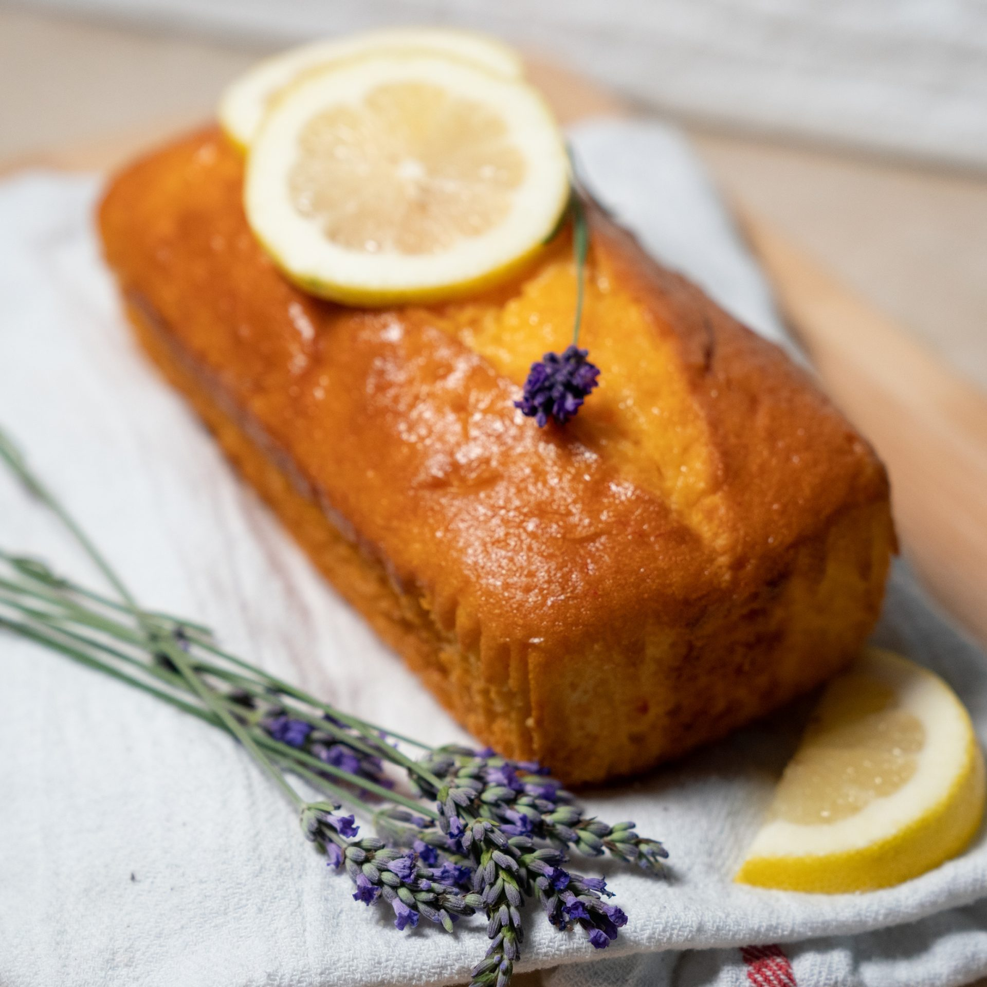 Lemon & Lavender Cake with Lemon Glaze Thumbnail