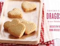 Biscuiți în formă de inimă pentru Valentine`s Day