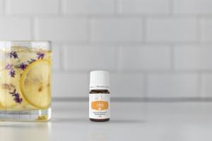 Aceite esencial Lemon+ con agua infundida con Lemon y Lavender