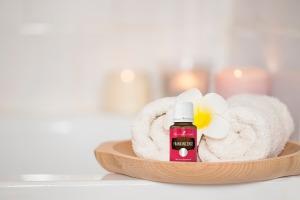 L'huile essentielle d'encens pour le bain