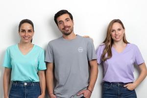 Trička Young Living v levandulové, akvamarínové a šedé barvě