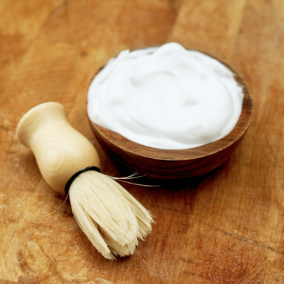 https://www.youngliving.com/blog/wp-content/uploads/2013/03/homemade-hand-cream2.jpg