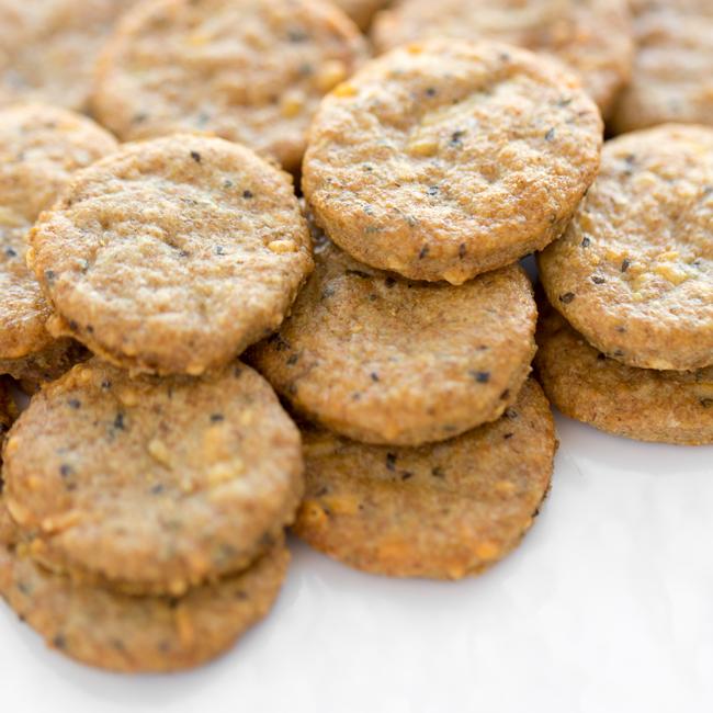 Parmesan Basil Farmhouse Crackers By Kari Lewis