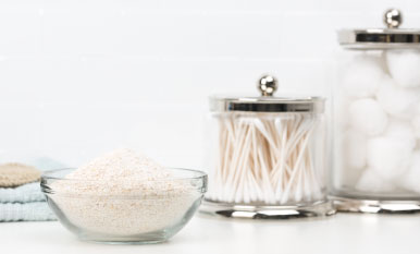 DIY Lavender-Oatmeal Bath Soak
