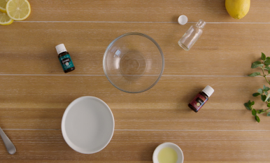 How to make DIY hand purifier with essential oils