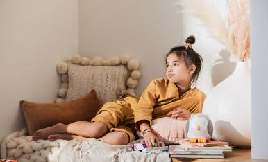 Mezclas de aceites esenciales aptas para niños para crear un impulso aromático estimulante